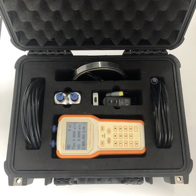 China Dirty Liquid Transit Time Ultrasonic Flow Meter Mobile Measurement 0.5s Response Time factory